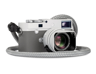Leica M 10 P Ghost Edition ar M35 f/1.4 ASPH (Hodinkee)